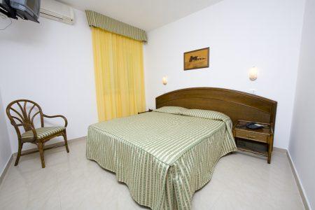 hotel-terme-tramontodoro-ischia-camera