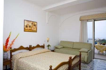 hotel-terme-tramontodoro-ischia-camera4