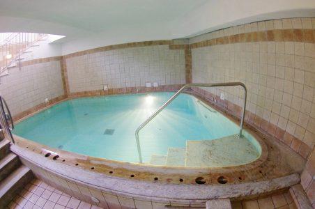 hotel-terme-tramontodoro-ischia-piscinacoperta2